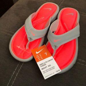 Women's Nike Ultra Comfort Thong Sandal Grey Coral